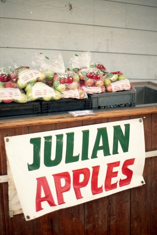 Julian (2)